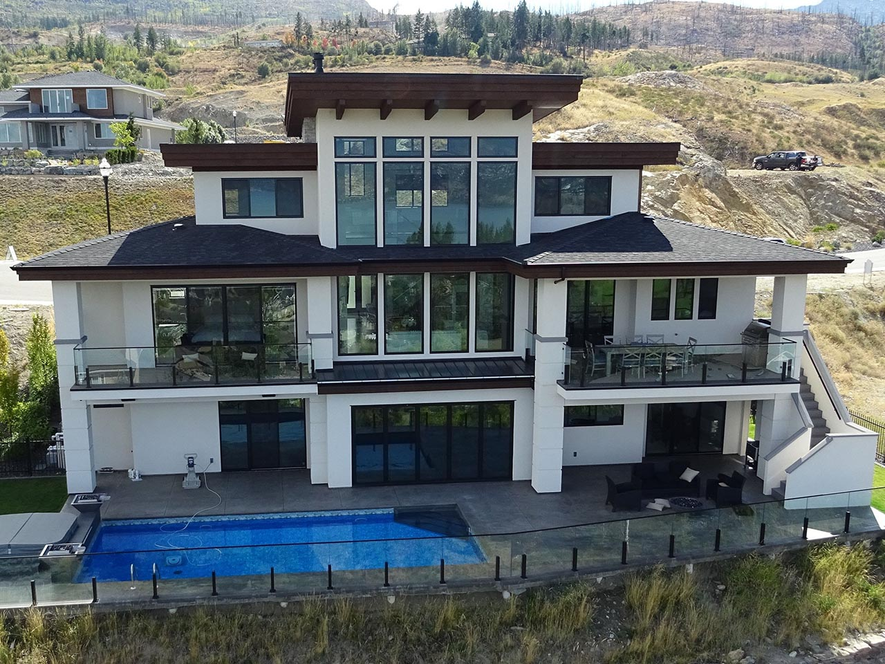 Okanagan modern designs mullins for Small house design kelowna